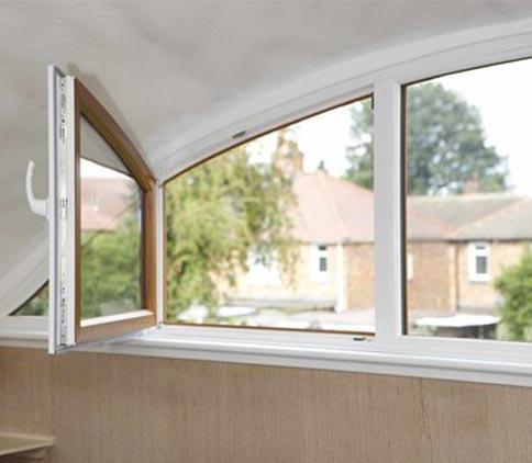 پنجره-خم