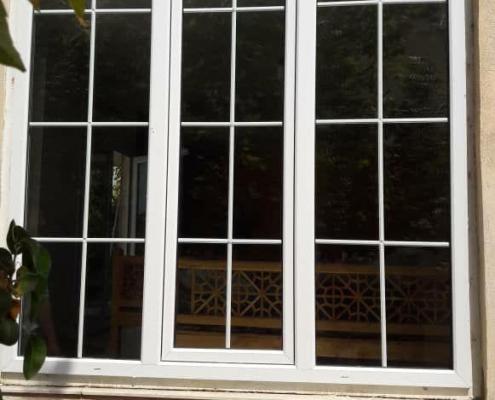 پنجره دکوراتیو