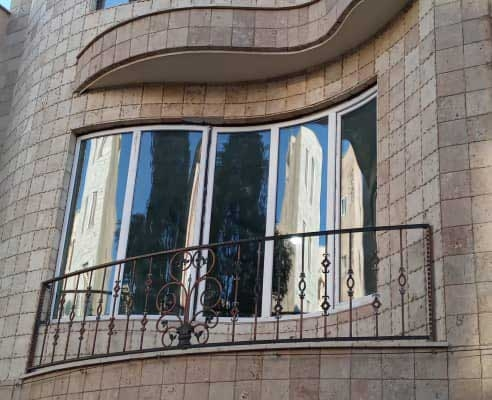 پنجره دوجداره خم